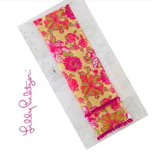 LILLY PULITZER Murfee Scarf Hot Pink Uncontainable
